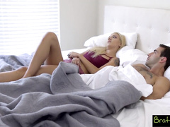 Blonde chick gets in bed to her stepbrother bare ass and gets pleased with hardcore fuck
